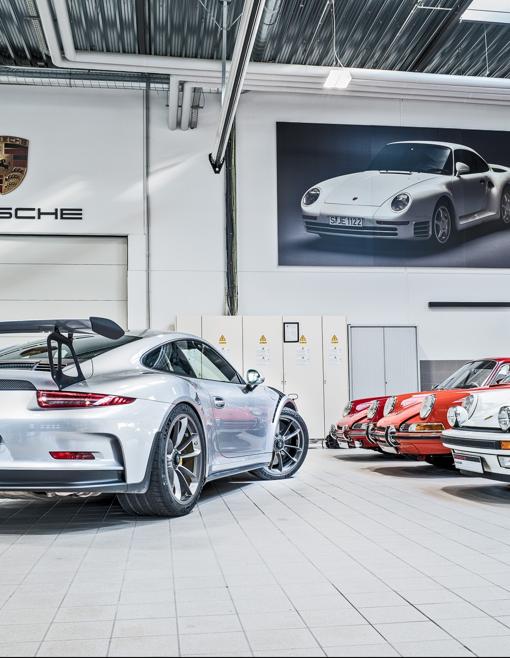 A bull in a Chinashop: The GT3 RS at the Porsche Classic Centre