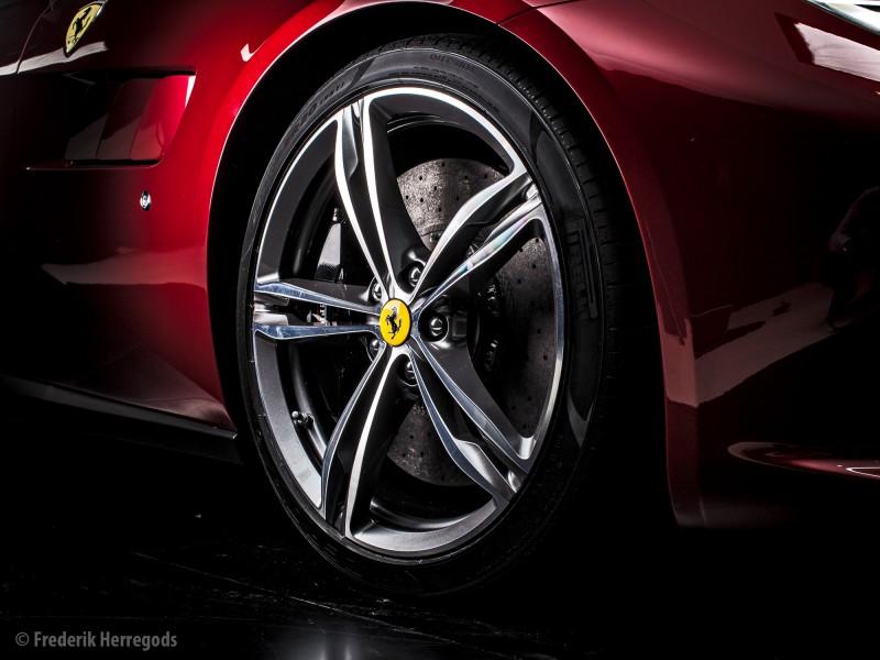 20160305_Ferrari_GTC4Lusso_3794-Edit