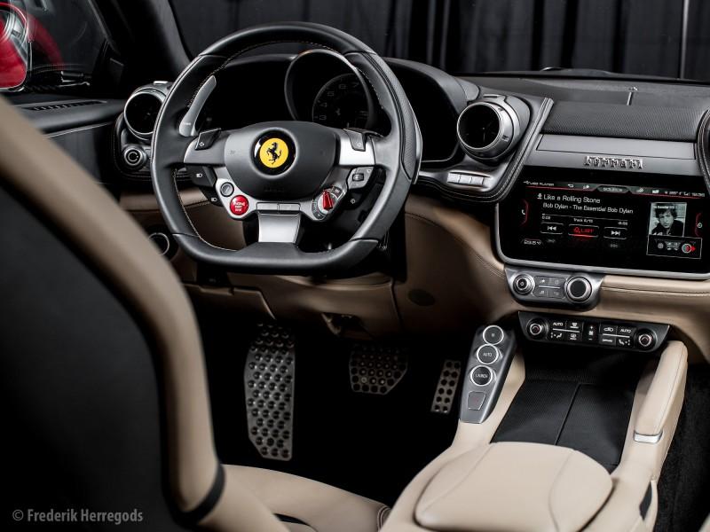 20160305_Ferrari_GTC4Lusso_3858